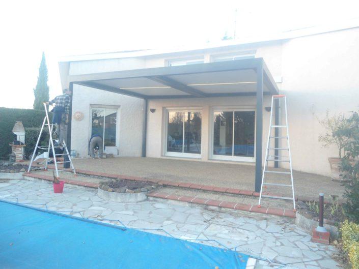puygouzon-pergola-store-veranda-tendance-81-tarn-rodez-12-albi-aveyron-rodez
