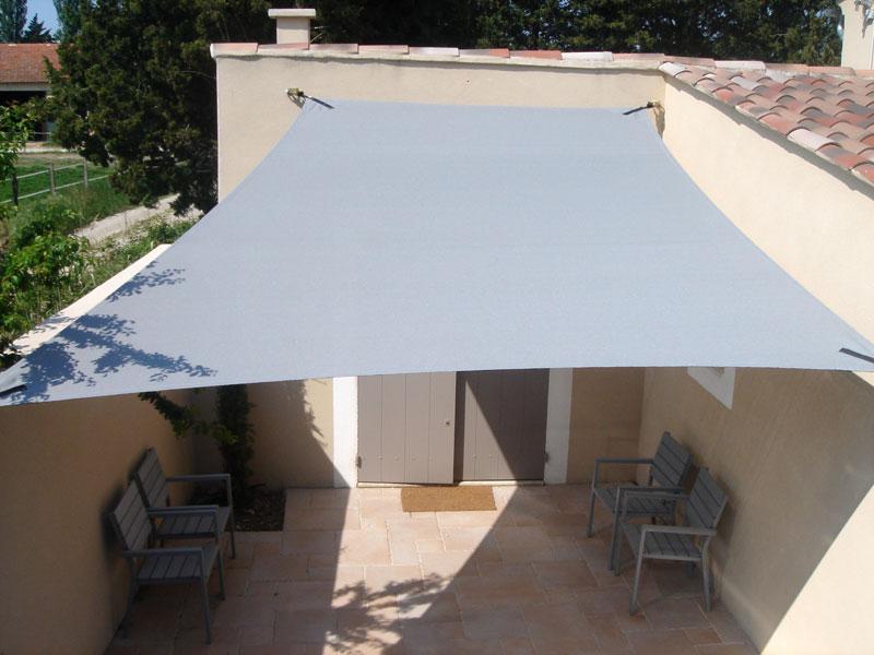 voile-ombrage-protection-terrasse-albi-tarn-81-rodez-aveyron